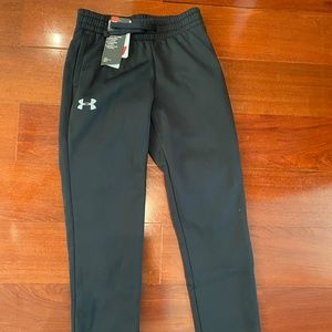 NWT Boys Loose Warm up- Under Armour